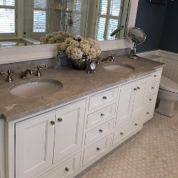 Bathroom twin vanity countertop